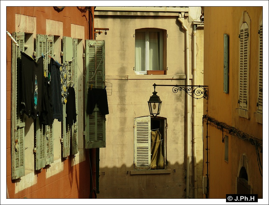 http://irgendwo.free.fr/marseille2/12.jpg